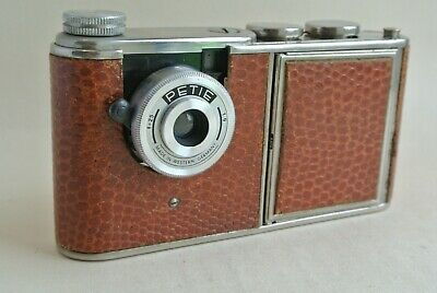 Kunik Petie Vanity  16mm camera in Brown leather ,  excellent  condition -  rare