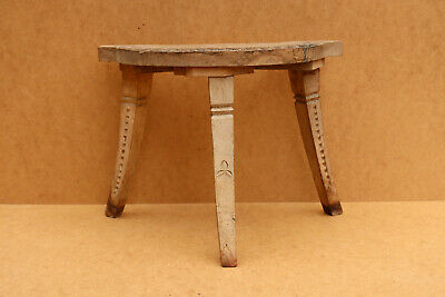 Old Antique Primitive Wooden Wood Three Legged Milking Stool Rustic Middle 20th.