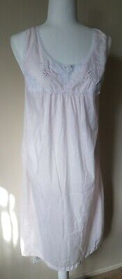 VTG Vanity Fair Semi Sheer polyester cotton Nightgown Lace embroidery Pink Sz SM