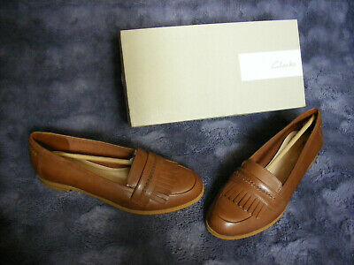 BNIB Clarks Ladies Andora Crush Tan Leather Loafer Shoes