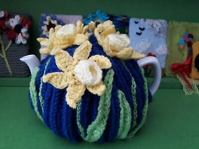 Daffodils hand knitted tea cosy