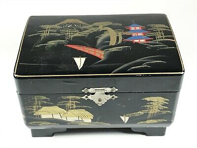 Vintage Chinese Lacquerware Musical Jewellery Box with Mirror <T36