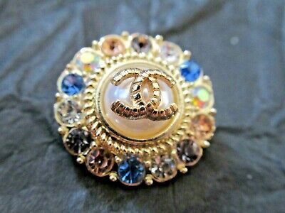 Chanel  1 Authentic Pearl , Gold Tone Cc, Rhinestones 18Mm Buttons This Is For 1