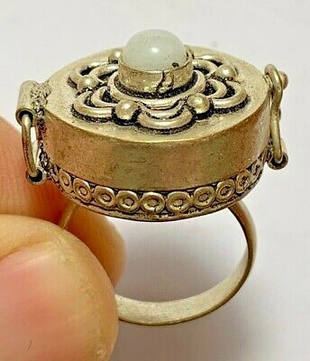 EXTREMELY RARE EGYPTIAN SILVER RING PILL BOX RARE STONE 8.3gr 35mm (inner 18mm)
