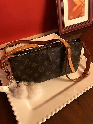 Louis Vuitton Authentic Trotteur Shoulder Bag Cross Body