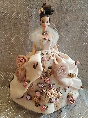 Antique Rose Fao Schwarz Barbie Doll 1996 Limited Edition Floral Signature Coll.