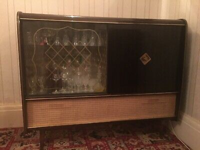 A truly individual and distinctive Art Deco Walnut Gramaphone and Drinks Cabinet
