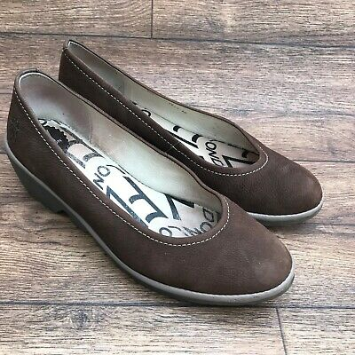 Size Uk 7 Fly London Pump Brown Nubuck Leather Slip On Wedge Heel Court Shoes