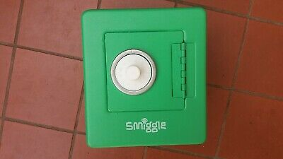 SMIGGLES Combination Money Box Safe Green