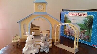 Sylvanian Wedding Chapel with furniture Bride Groom incomplete set in box