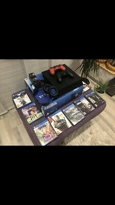 Sony PlayStation 4 - PS4 500GB - Two Controller And Games
