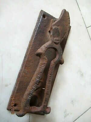 Old Rusty Cast Iron Secateurs Clippers/Cutters. Allotment / Shed  Door Knocker