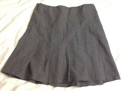Girls Grey School Pleated Skirt Age 8 Marks And Spencers VGC