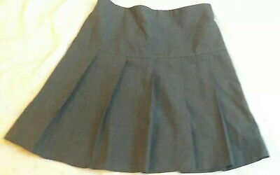 Girls Grey School Skirt Age 8 Years In Excellent Condition Marks And Spencers