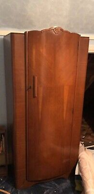 EXCEPTIONAL VINTAGE SINGLE WARDROBE, SOLID WALNUT 1940s BEDROOM FURNITURE