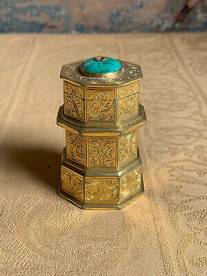 Extremely fine 18th century georgian gilt brass travelling inkwell or vesta case
