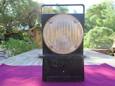 N.S.W.G.R Battery Operated Flashing Lamp.