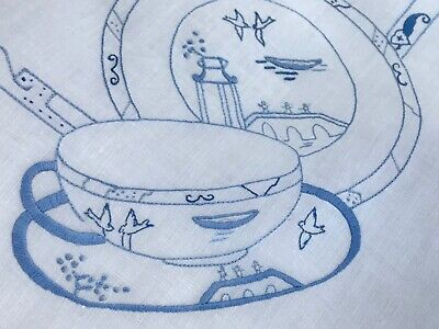 """ANTIQUE LINEN WILLOW PATTERN AFTERNOON TEA CLOTH, HAND-EMBROIDERED, 34 """" square"""