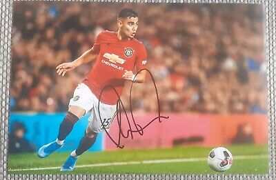 Manchester United Andreas Pereira hand signed photo 12x8
