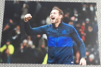 Chelsea Frank Lampard hand signed photo 12x8