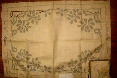 Vintage  Unworked Embroidery Floral Cross stitch