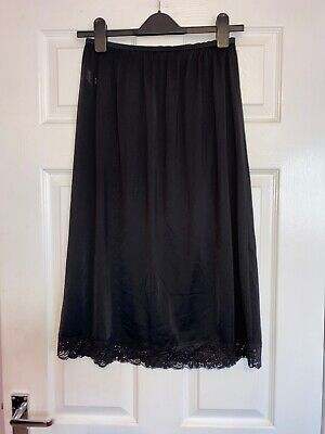 St Michael Marks & Spencer Black Petticoat UK 16-18 (EURO 44-48) Length 74cm 29""