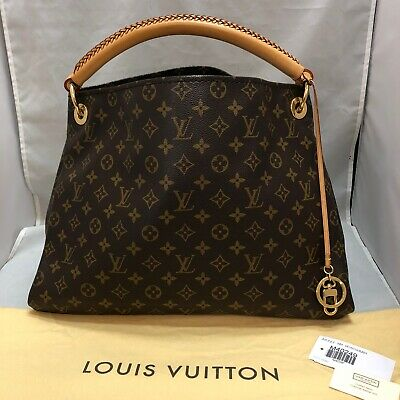 Authentic Louis Vuitton Artsy MM Monogram Bag. Gently used