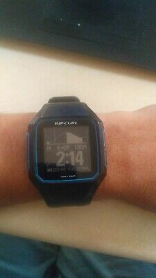 Ripcurl GPS 2 Search Watch. Blue and black color.