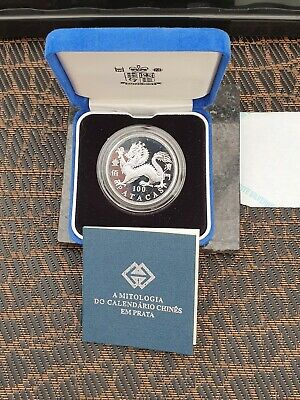 ROYAL  MINT 2000 YEAR OF THE DRAGON 100 PATACAS SILVER PROOF - boxed WITH COA