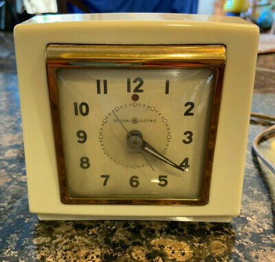 1950's Vintage General Electric GE Alarm Clock Model 7H174 WORKING Retro Ivory