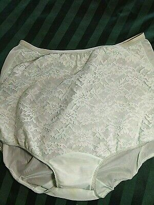 Vintage VANITY FAIR, 6, mint green granny panties with lace