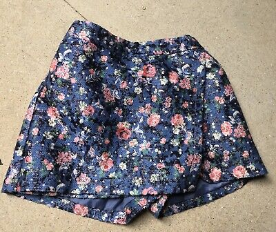 Age 6-7 Girls Skort ( Shorts With A Skirt Looking Front)