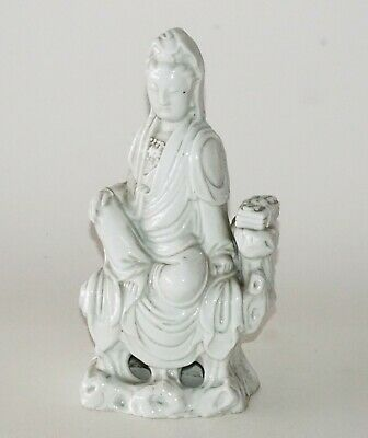 Chinese Qing Dynasty Dehua Pottery White Ware Seated Kwan Yin Sculpture (FLA)