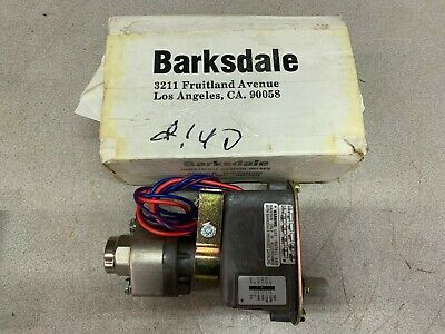 New In Box Barksdale Pressure Switch C9612-2