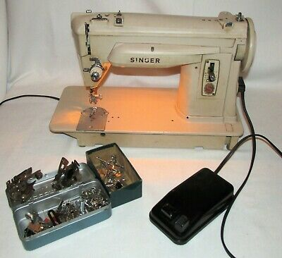 Vintage Singer Industrial Sewing Machine 414G 414 G w/ Foot Pedal & Attachments