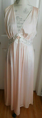 VINTAGE NWOT PINK w/LACE LORRAINE WOMEN'S LONG NYLON NIGHTGOWN IN SIZE LARGE