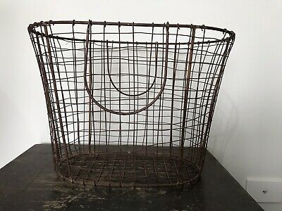 Rustic Wire basket ~ Vintage Metal Weaved Basket ~ Farmhouse ~ Industrial