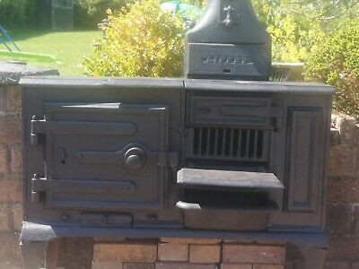 vintage stove cooker 120 year old .great condition