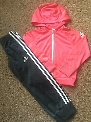 Girls Adidas Tracksuit Age 6-7 Yrs