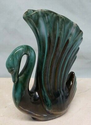 Vintage Blue Mountain Pottery Canada (BMP) ~ Swan Winged Vase, Green Drip Glaze
