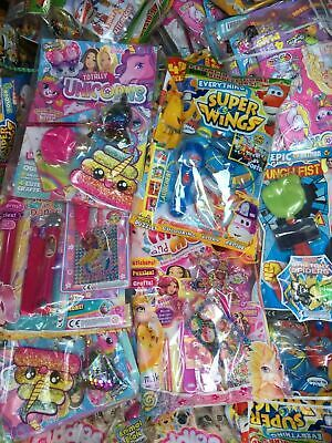 Job Lot Wholesale 20 x mixed random girls - Boys magazines With toys gifts etc/: