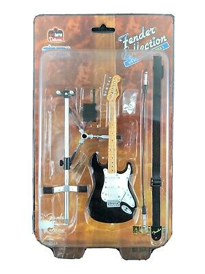 SD Toys 2005 Fender Collection Series 1 Black Stratocaster 1/6 Scale Model