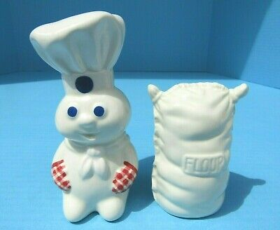 NEW 2003 Pillsbury Doughboy Chef w Red Gingham Mitts Salt and Pepper Shakers Set