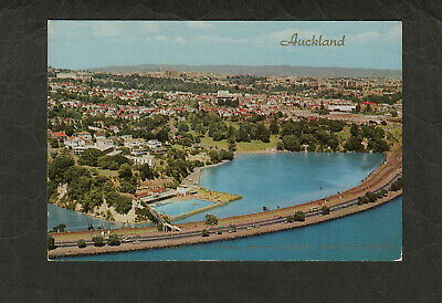 s1623)  POSTCARD OF TAMAKI DRIVE, PARNELL BATHS, JUDGES BAY,AUCKLAND NEW ZEALAND