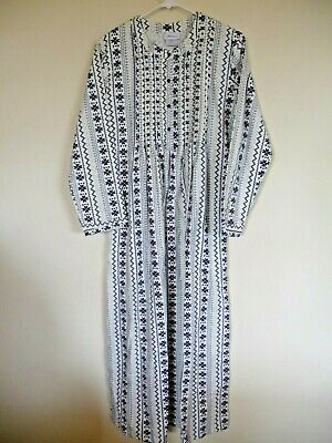 Vermont Country Store Nordic Snowflake Flannel Nightgown Med #68108