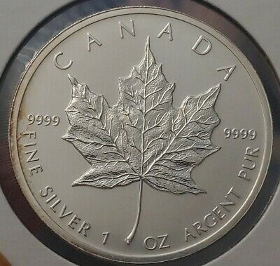 2012 Canada $5 Five Dollar 1oz Silver .9999 Maple Leaf
