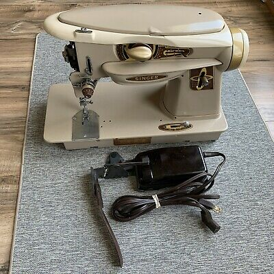 Singer Rocketeer 500A Sewing Machine Vintage With Pedal