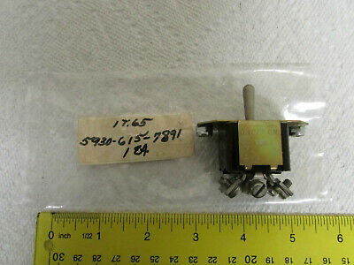 NOS  MIL SPEC 4 PDT TOGGLE SWITCH  MS25127-B1  NSN 5930-00-729-1665