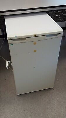 Lec ISU38 Under Counter Single Door Lab Freezer
