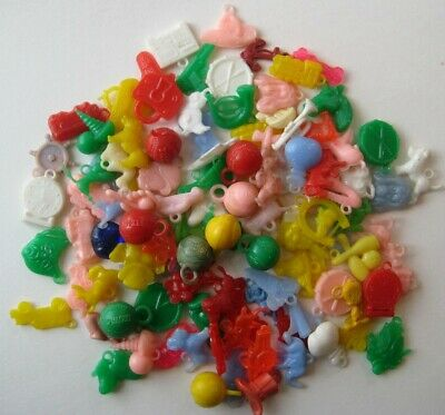 1950's VINTAGE Cracker Jack Colorful GUMBALL CHARM Plastic Toy Prize Lot of 100